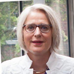 Monique Leenders